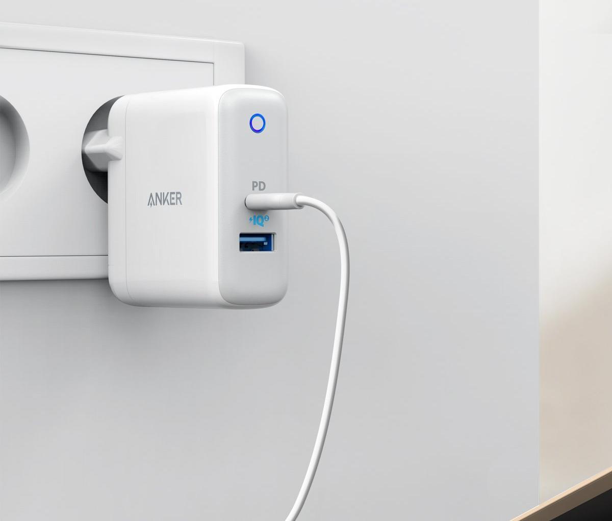 Сетевое зарядное устройство Anker Powerport 2 A2321321 (White)