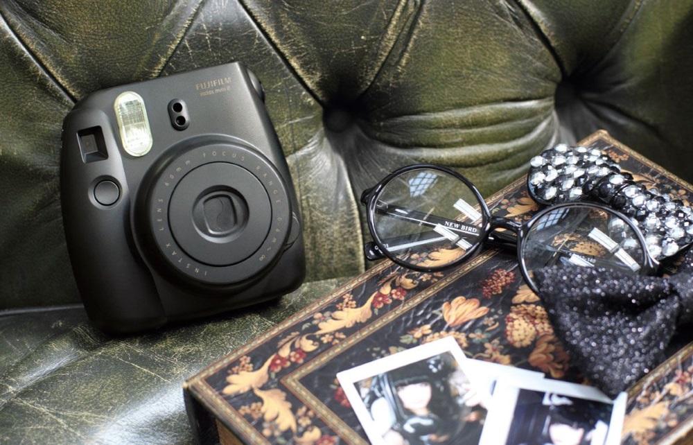 Fujifilm Instax Mini 8 - камера моментальной печати (Black)