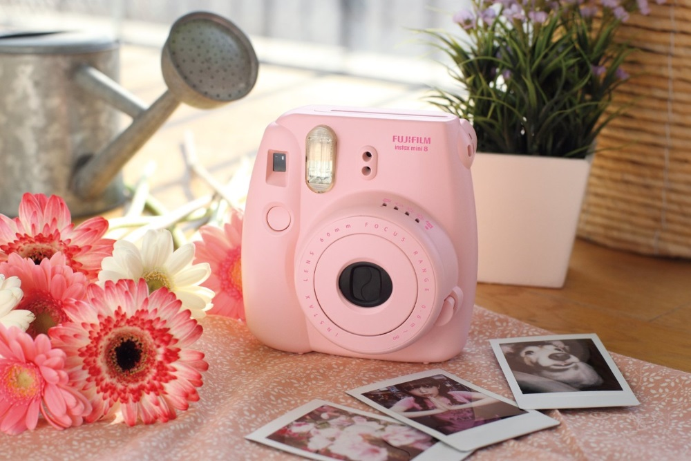 Fujifilm Instax Mini 8 - камера моментальной печати (Pink)