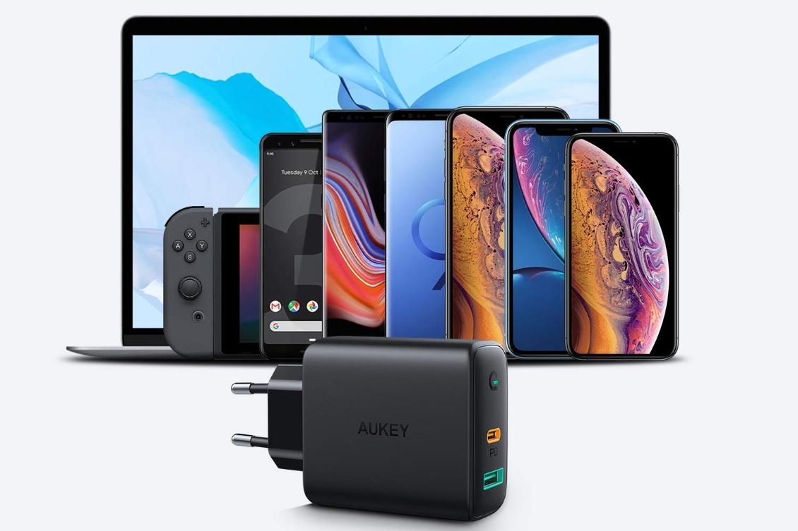 Aukey Dual-Port 30W PD Wall Charger with Dynamic Detect