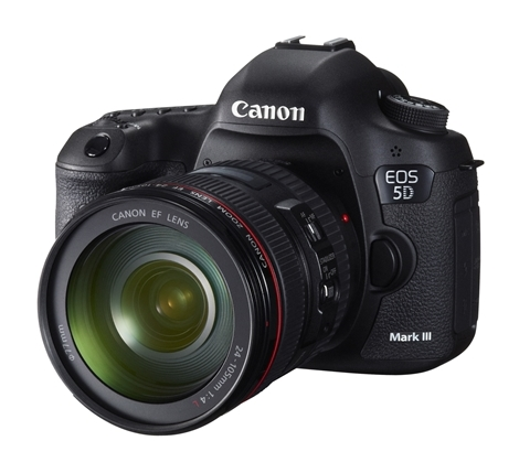 Canon EOS 5D Mark III EF Kit 5260B011