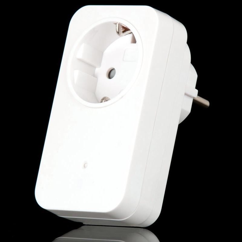 COCO AC-300 - розеточный радиоадаптер с диммером