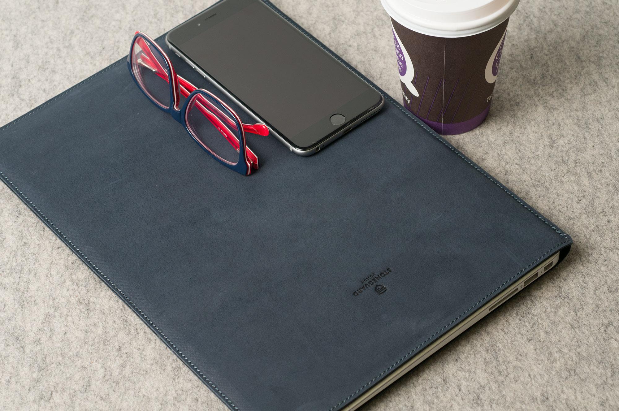 Чехол из кожи для ноутбуков своими руками