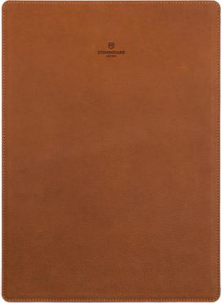 Stoneguard 511 (SG5110503) - кожаный чехол для MacBook 12 (Sand)