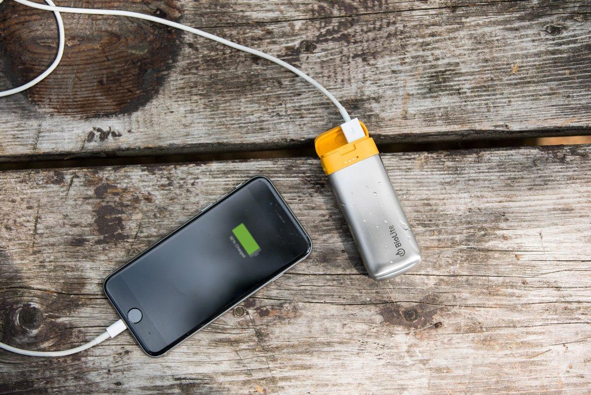 Внешний аккумулятор BioLite Charge 20 5200 mAh (Silver)