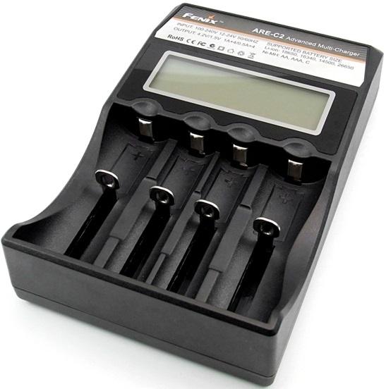 Fenix ARE-C2 - зарядное устройство для Li-ion и Ni-MH аккумуляторов