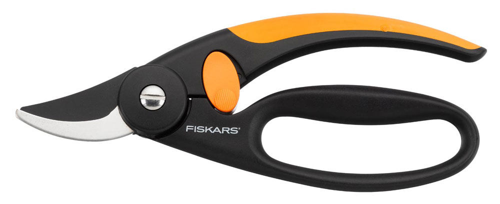 Fiskars P44 (111440) - ����������� ������� � ������ ��� ������� (Black/Orange)